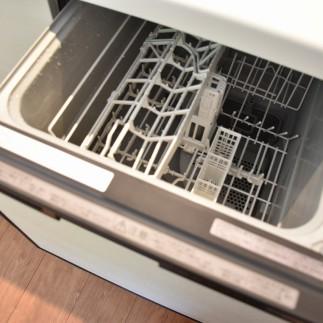 システムキッチン食器洗浄乾燥機付き
